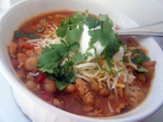 (Slow Cooker) Mexican Style Chicken Chili Recipe | SnappyGourmet.com