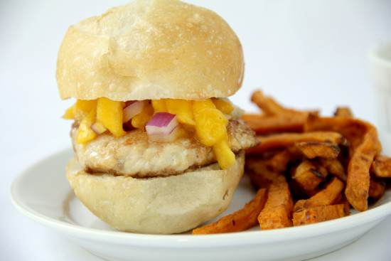Sweet Heat Mango Chicken Sliders