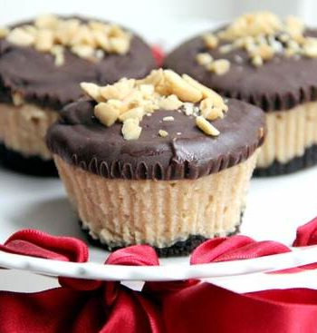 Mini Buckeye Cheesecakes