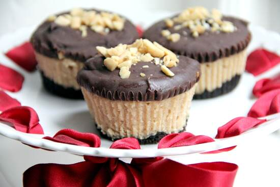 Mini Buckeye Cheesecakes Recipe - Snappy Gourmet