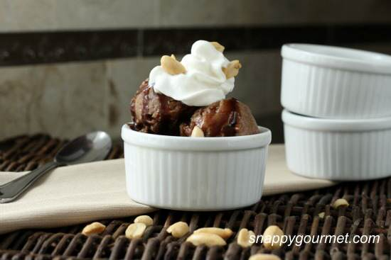 Chocolate Peanut Butter Snow Ice Cream Recipe | SnappyGourmet.com