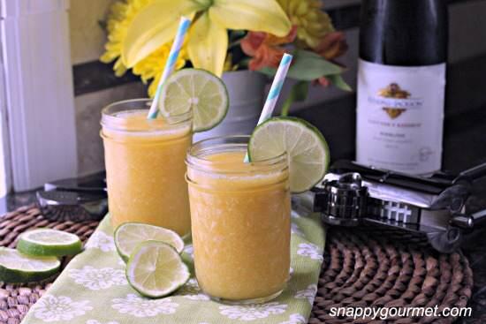 Peach & Honey Sangria Slushies Cocktail Recipe | SnappyGourmet.com
