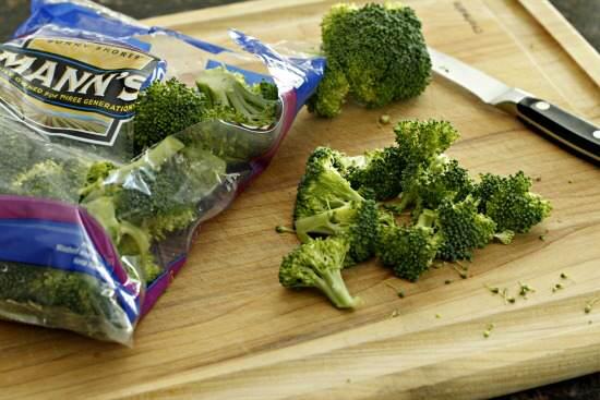 Broccoli Yogurt Salad Recipe | SnappyGourmet.com