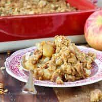 Moms-Brown-Sugar-Apple-Crisp-1410123638