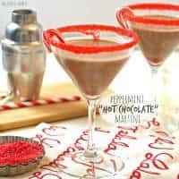 Christmas Cocktails (Peppermint Hot Chocolate) | snappygourmet.com
