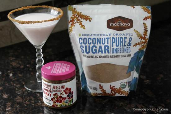 Coconut Snickerdoodletini Cocktail   snappygourmet.com