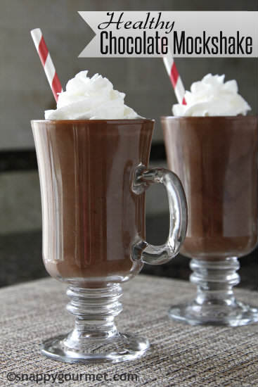 Healthy Chocolate Mockshake Recipe - chocolate smoothie and milkshake alternative with no added sugar. Best after school snack for the kids! |SnappyGourmet.com