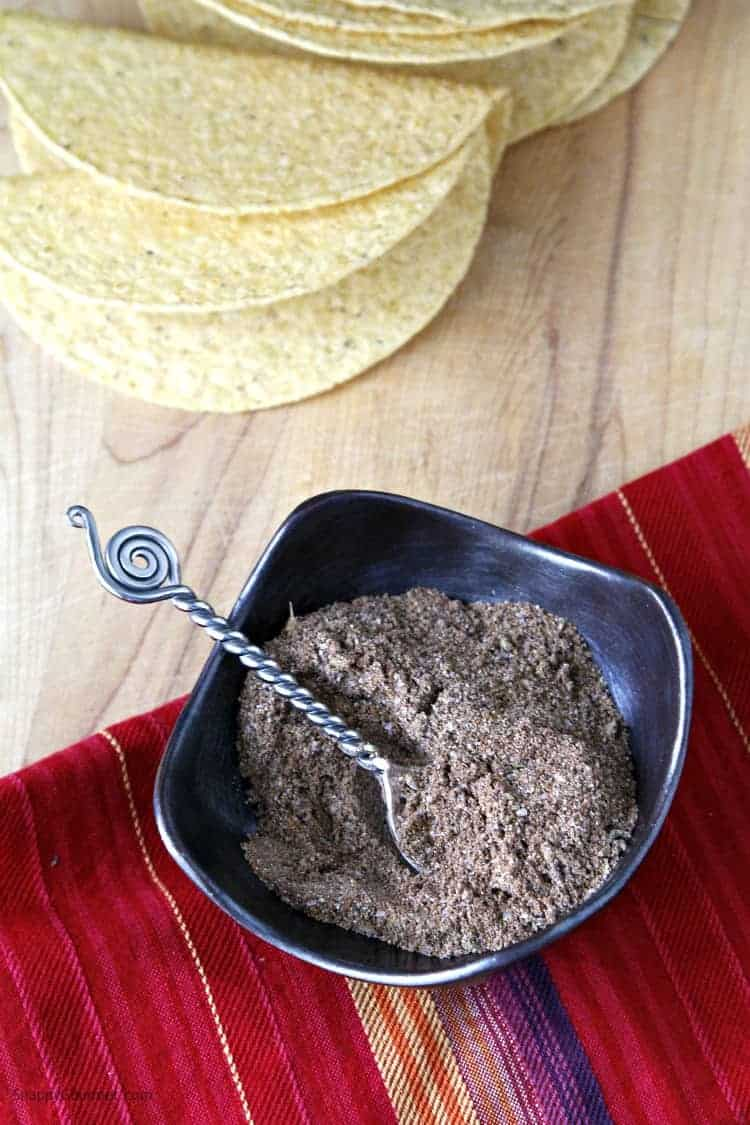 Garlic Herb Homemade Taco Seasoning recipe - easy DIY taco seasoning