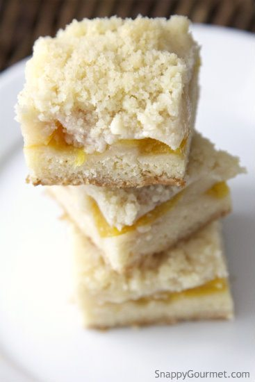Peach Crumb Bars, an easy dessert full of peach flavor and a crumb topping. SnappyGourmet.com