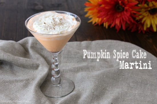 Pumpkin Spice Cake Martini Recipe - one of the best fall drinks! An easy cocktail with cake vodka and pumpkin liqueur, and great for Thanksgiving or Halloween!