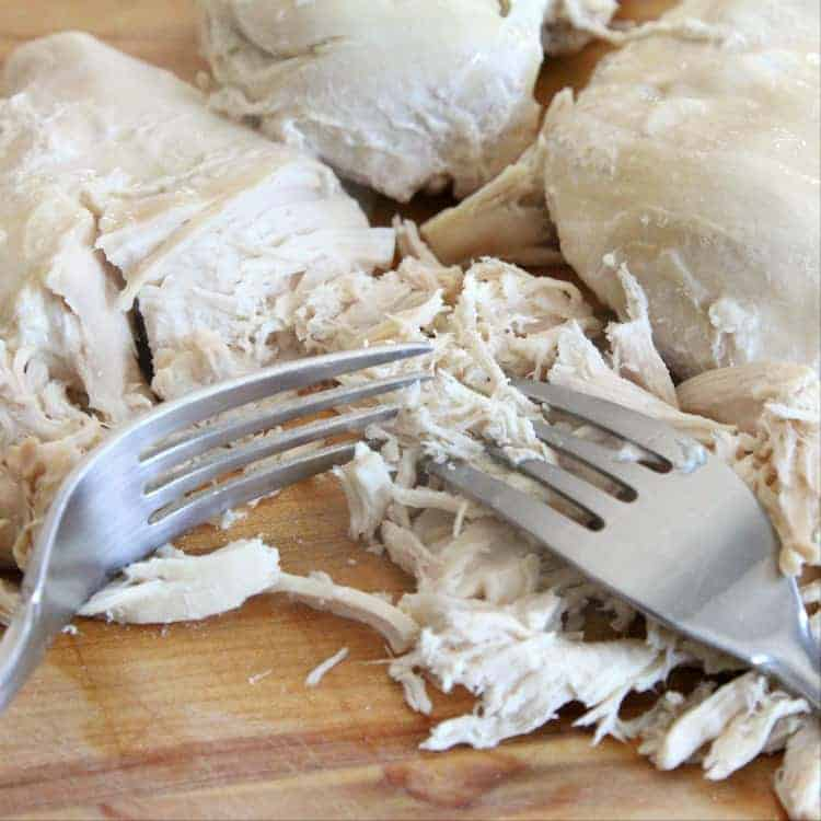 How to make shredded chicken - how to shred chicken with two forks
