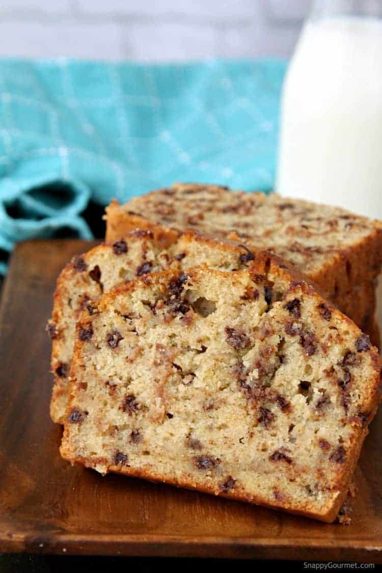 Easy Chocolate Chip Banana Bread Recipe - homemade moist banana bread