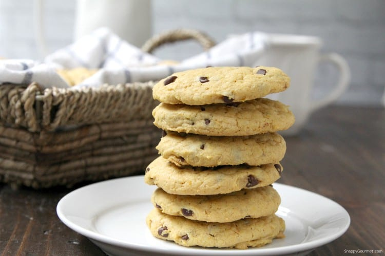 Pumpkin Chocolate Chip Cookies - perfect fall cookies for back to school with pumpkin spice and chocolate chips