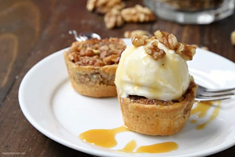 Mini Walnut Apple Pies - easy muffin pan apple pie recipe